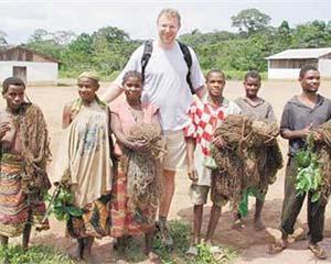 """什么造就了非洲丛林中的""""小人国"""""""