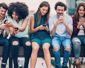 2018社交回暖:融资易,破局难