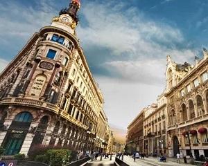 统计显示中国人成西班牙巴塞罗那最大移民群体