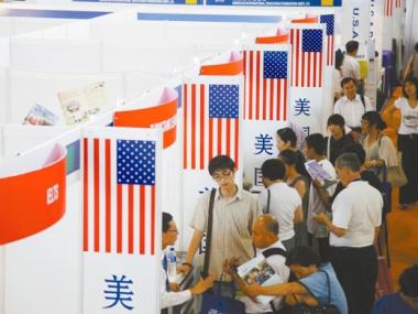 华人小留学生在美遭虐待:花费33万天天吃不饱