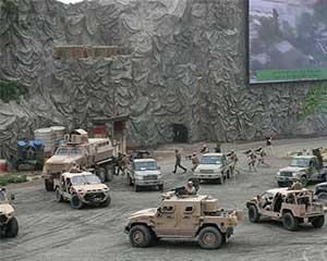 阿联酋武装部队展示陆空军事演练