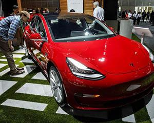 特斯拉:黑客如找出旗下汽车软件漏洞 将获赠Model 3