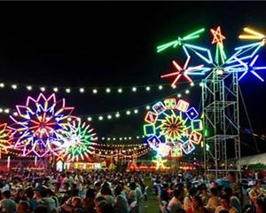 2000名中国游客共聚泰国体验泼水节之夜