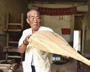 福建耄耋老人会唱南音能做琵琶 盼古乐传唱不衰