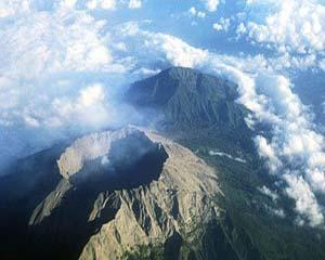 紧急提醒中国游客近期暂停前往印尼巴厘岛阿贡火山周围活动