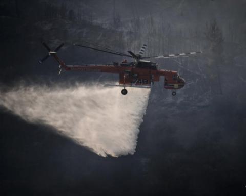 希腊请求欧盟协助扑灭山火