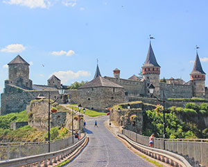 巴黎度假村/酒店/城堡出售