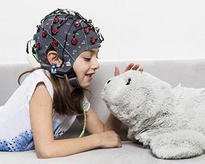 """植入大脑的""""神经织网""""能否帮助人类与人工智能竞争"""