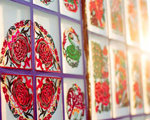 传承蔚县剪纸艺术之美 刻染剪间演绎匠人初心