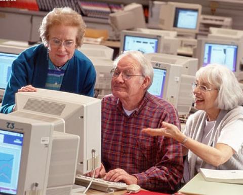 英国政府宣布将提前上调退休年龄 或影响700万人