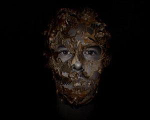Alexander McQueen 纪录片预告公布,暗黑与神秘交织