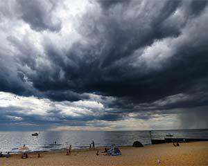 夏威夷飓风来袭,请中国游客加强安全防范